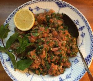 salmon-tartare-salad